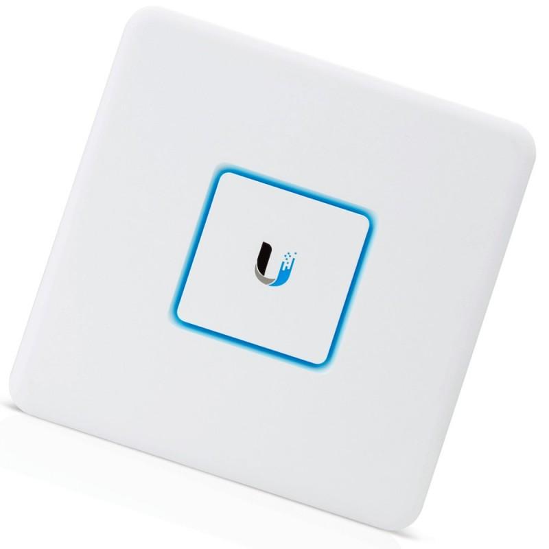 UniFi Security Gateway / Ubiquiti USG